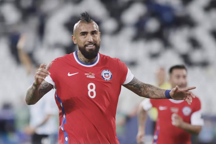 Wielki skandal w reprezentacji Chile. Pilkarze mogą wylecieć z Copa America, wśród nich Arturo Vidal