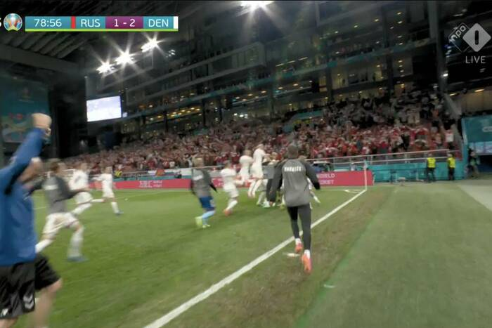 Cudowni Duńczycy dokonali niemożliwego! Po niesamowitym meczu wygrali z Rosją i wyszli z grupy! [WIDEO]