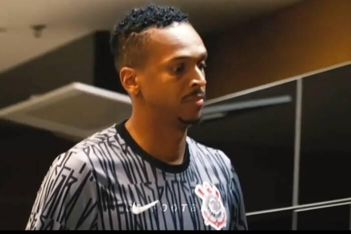 """Bił rekord transferowy Manchesteru City, potem zatracił się w imprezach z Ronaldinho. """"Chciałem pić do rana"""""""