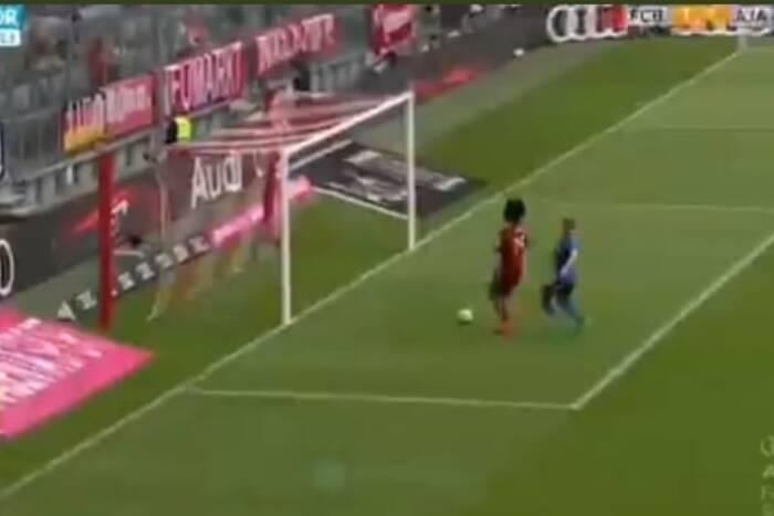 Kompromitacja napastnika Bayernu! Miał przed sobą pustą bramkę i nie strzelił gola [WIDEO]