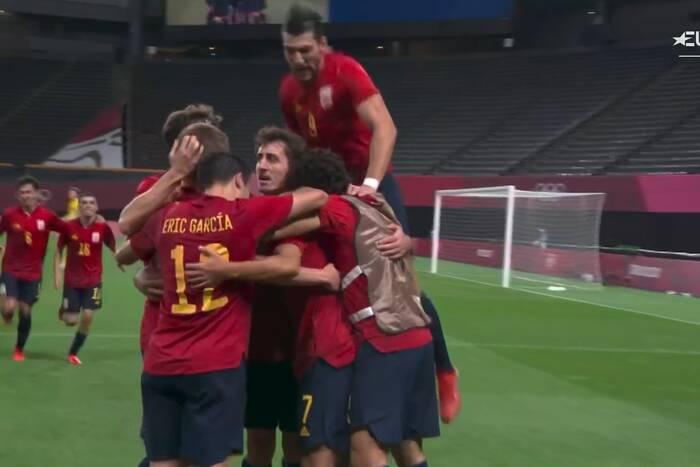 Hiszpańscy piłkarze blisko kolejnej wielkiej wpadki! Dopiero w końcówce znaleźli sposób na zwycięstwo [WIDEO]