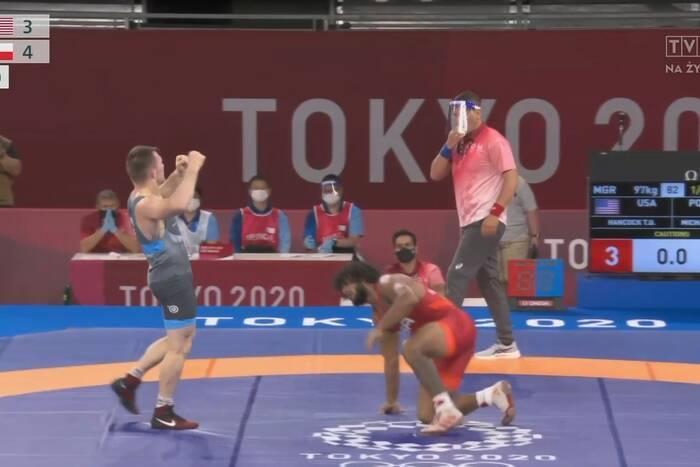 Polski zapaśnik w półfinale Igrzysk Olimpijskich! Tadeusz Michalik na pewno powalczy o medal [WIDEO]