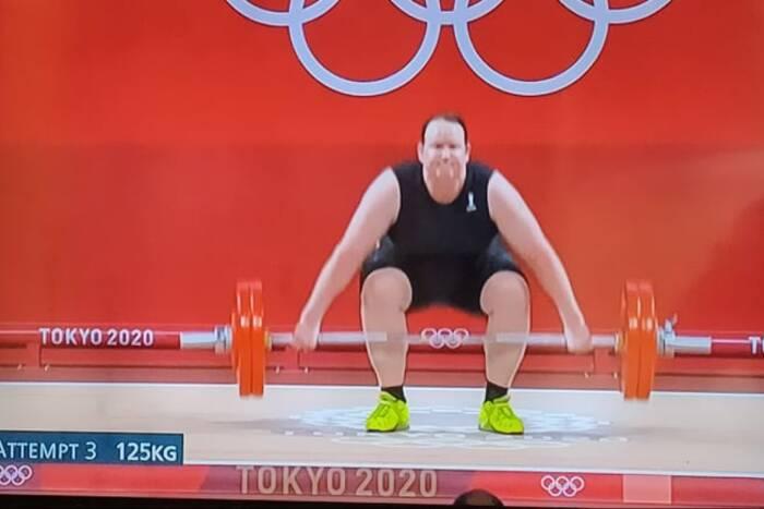 Kompletna porażka pierwszej transpłciowej zawodniczki na igrzyskach. Nie zostanie nawet sklasyfikowana
