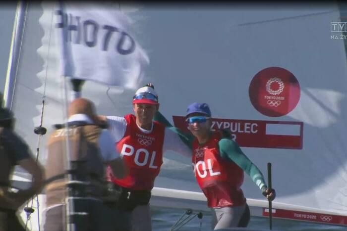 Polki ze srebrem Igrzysk Olimpijskich w Tokio! Wyprzedziły rywalki na ostatniej prostej [WIDEO]