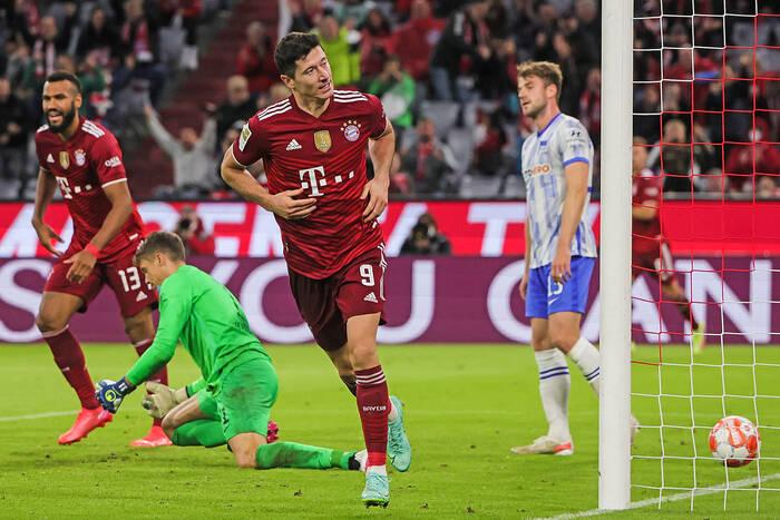Bayern zmiażdżył rywali! Siedem goli na Allianz Arena, w tym jeden Lewandowskiego [WIDEO]