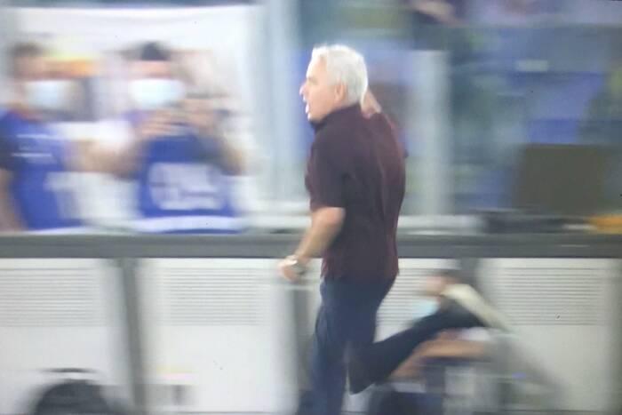 """Szalona radość Jose Mourinho po zwycięskim golu AS Romy. """"Czułem, jakbym miał 12 lat"""" [WIDEO]"""