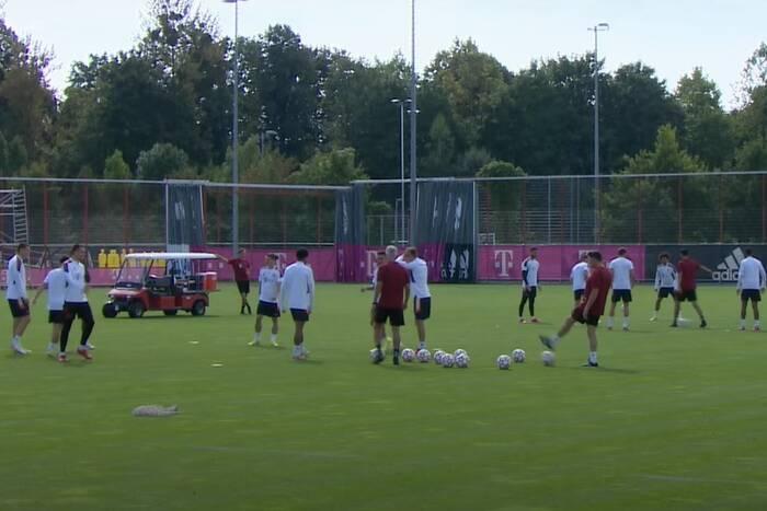 Dwóch piłkarzy nie wzięło udziału w treningu Bayernu Monachium. Oni prawdopodobnie nie zagrają z FC Barceloną