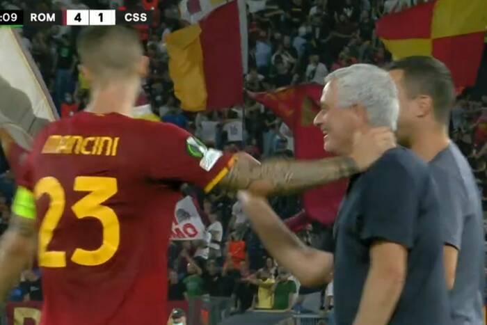 AS Roma rozbiła rywali w Lidze Konferencji Europy. Nicola Zalewski znów pominięty [WIDEO]