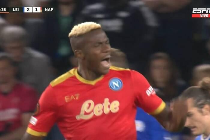 Niesamowity powrót Napoli w meczu z Leicester City! Grali grupowi rywale Legii w LE [WIDEO]