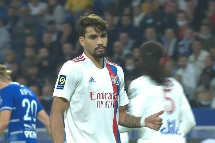 """Paqueta dostał kartkę za sztuczkę techniczną? Neymar nie kryje oburzenia. """"To koniec joga bonito"""" [WIDEO]"""