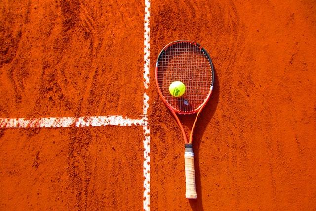 Jak skutecznie obstawiać tenisa ziemnego?
