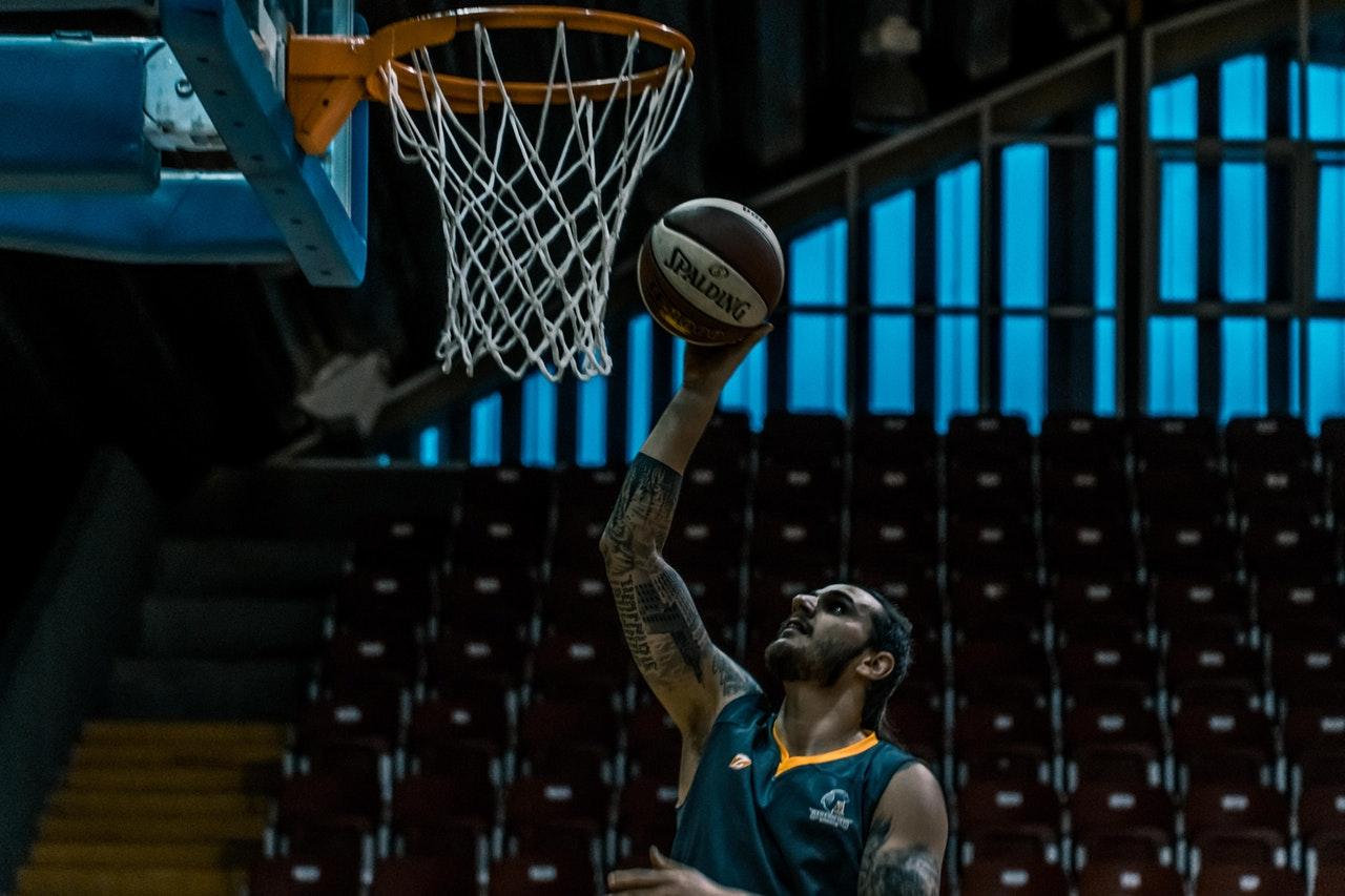 Koszykówka - częstość rozgrywania meczów