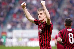 Ważna decyzja trenera AC Milanu ws. Krzysztofa Piątka. Polak został wykonawcą rzutów karnych