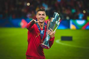 Cristiano Ronaldo szuka pracownic z McDonald's. W dzieciństwie dawały mu jedzenie