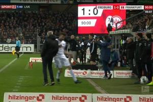 Kapitan Eintrachtu Frankfurt zawieszony za przewrócenie trenera rywali. Sroga kara ze strony DFB