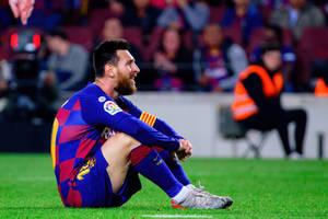 """Ostra krytyka postawy FC Barcelony. """"Gra nowym systemem. Bramkarz i 10 dziadów"""""""