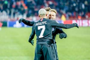 Marcin Bułka o Neymarze i Mbappe: Na treningach robią sobie challenge, na boisku są przyjaciółmi